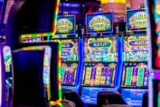 มาพบกับ 7 เหตุผลที่ Online slots ดีกว่า Offline slots